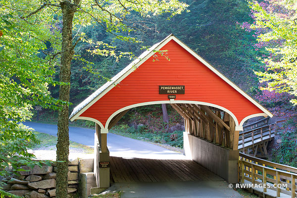 RED COVERED BRIDGE ON PEMIGEWASSET RIVER FRANCONIA NOTCH STATE PARK NEW HAMPSHIRE