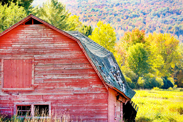 RED BARN KEENE VALLEY ADIRONDACK MOUNTAINS NEW YORK COLOR