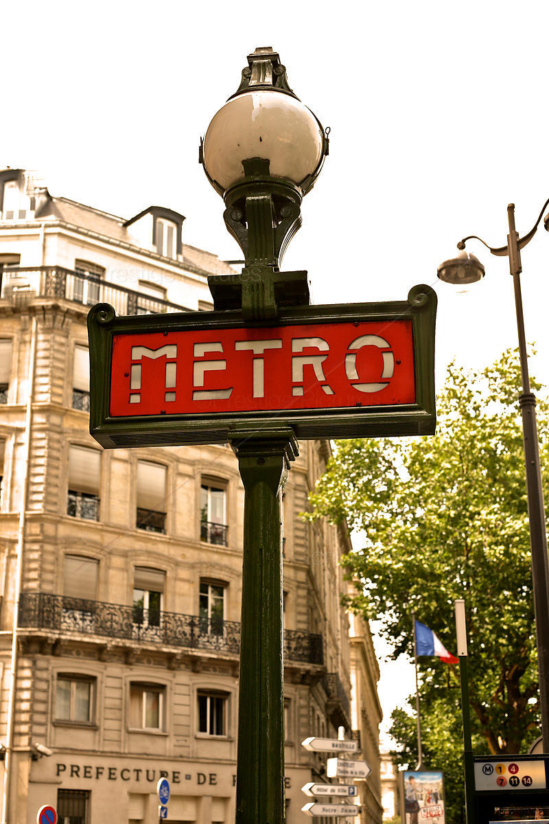 Chatelet Metro Station