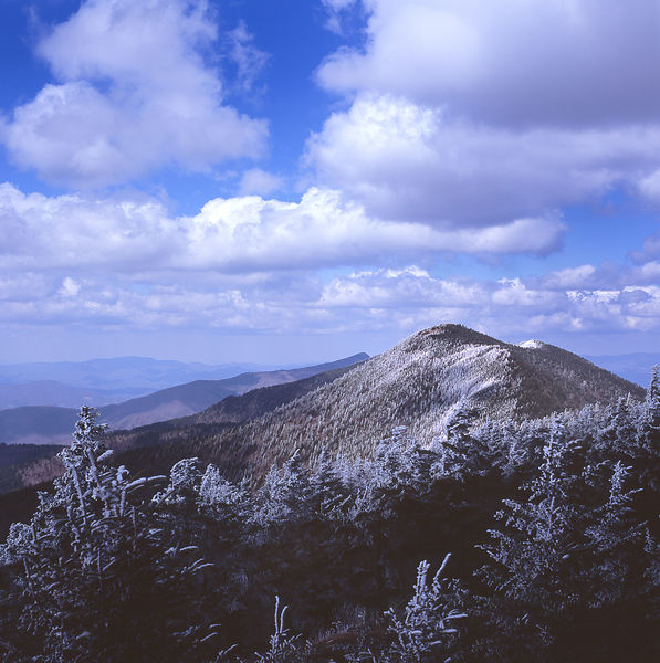 030-Blue_Ridge_D145199_Blue_Ridge_In_Early_Spring_-_Mount_Mitchell_Snowfall_006_Preview