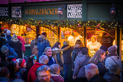 "Thousands of People visit Hamburg""s Christmas Markets every year"