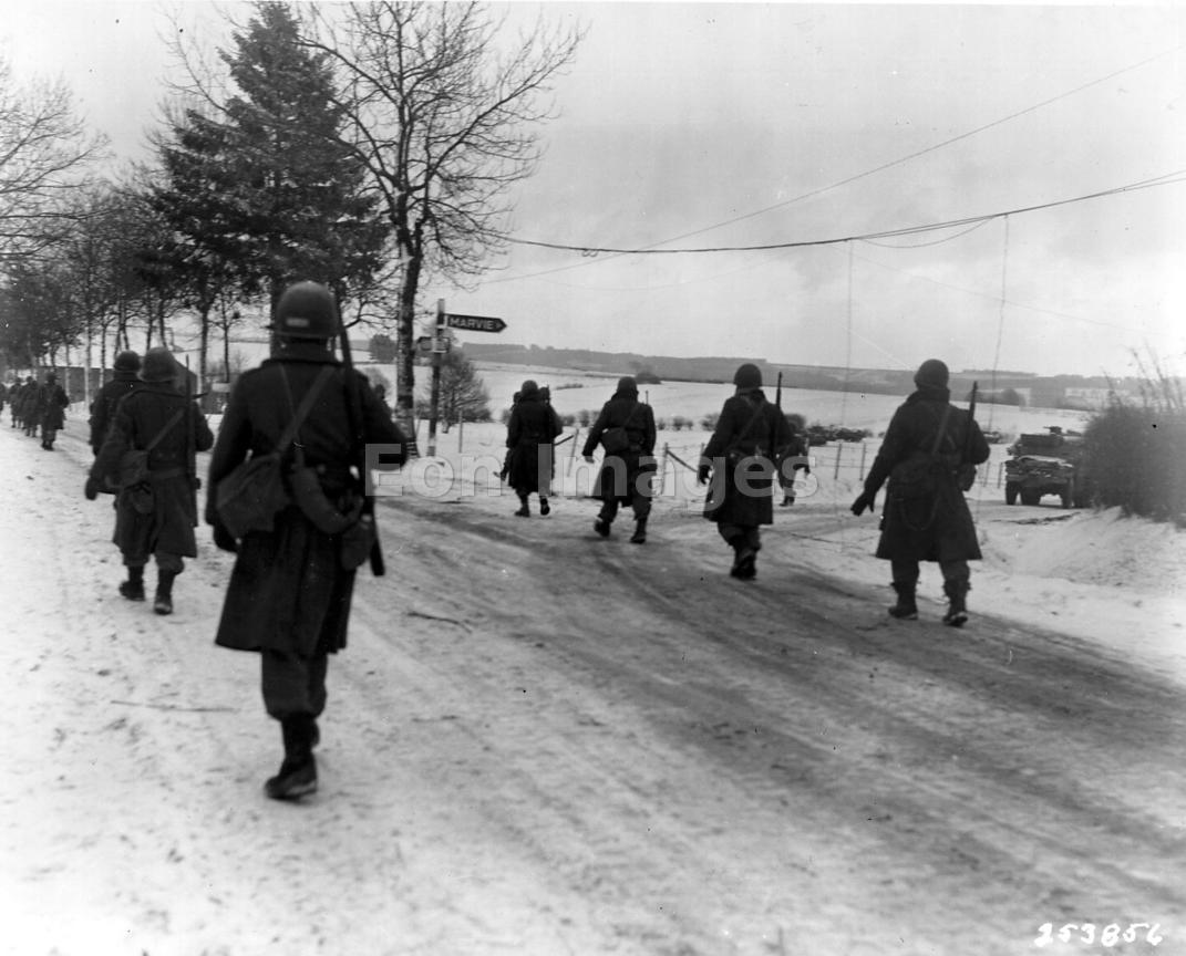 American troops move out of Bastogne, Belgium