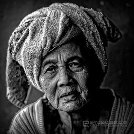 Indonesian Market Woman