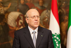Talks between Italian and Lebanese prime ministers Mario Monti and Najib Azmi Mikati