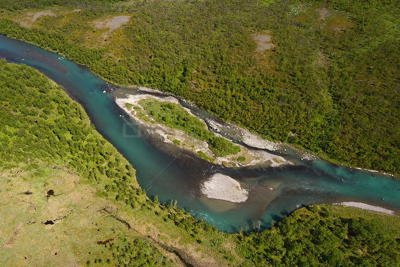 Aerial view of the Vietasatno river near its source, Stora Sjofallet National Park, Greater Laponia Rewilding Area, Lapland, Norrbotten, Sweden, June 2013.
