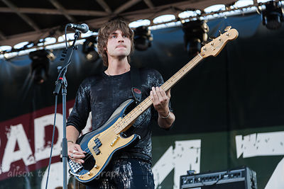 Jed Elliott, bass, The Struts