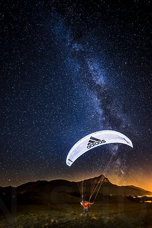 Flashing under the Milky Way