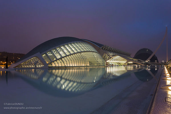L'hemispheric, Valence. Photo: Fabrice Dunou