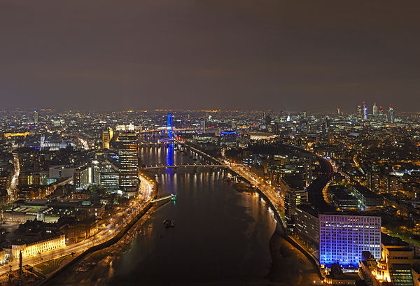 London panorama by night