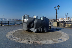Merchant Seafarer's War Memorial, Cardiff Bay, Cardiff, South Wales.