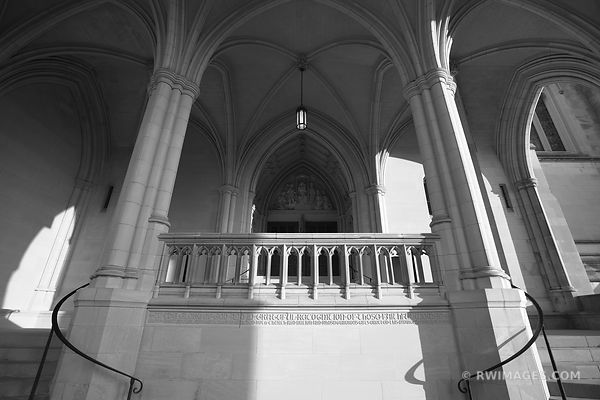 WASHINGTON NATIONAL CATHEDRAL ARCHITECTURE WASHINGTON DC BLACK AND WHITE