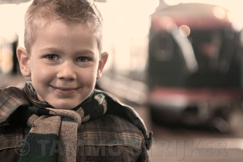 Portrait_boy_train