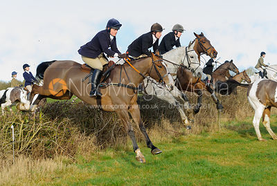 The Belvoir Hunt at Waltham House 14/1 photos