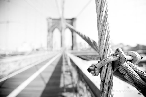 BROOKLYN BRIDGE NEW YORK BLACK AND WHITE