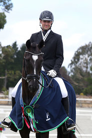 SI_Festival_of_Dressage_310115_prizegivings_1467_low_res