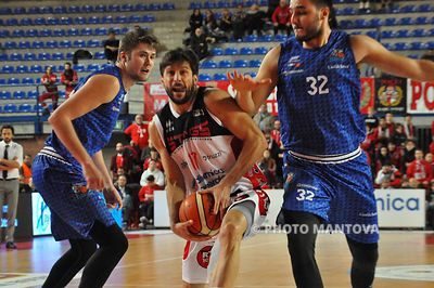 Basket A2 Est | DINAMICA GENERALE MANTOVA - ROSETO SHARK | 11^ Giornata | 10.12.2017 | ***Live*** Foto High Res photos