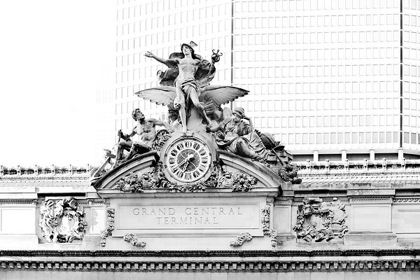 GRAND CENTRAL TERMINAL MANHATTAN NEW YORK CITY BLACK AND WHITE
