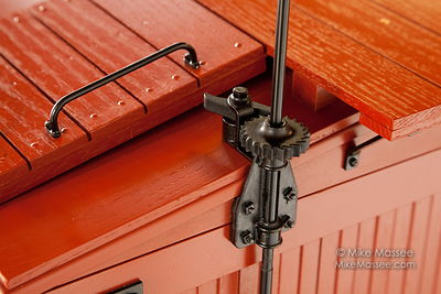 "3"" Scale Boxcar Hardware photos"