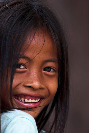 Cambodia-girl-smile-portrai