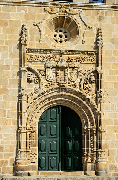 Portal of the Mother Church (Igreja Matriz) of Vila Nova de Foz Coa, dating back to the 16th century. Alto Douro, Portugal