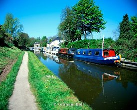monmouthshire and brecon canal govilon near abergavenny wales