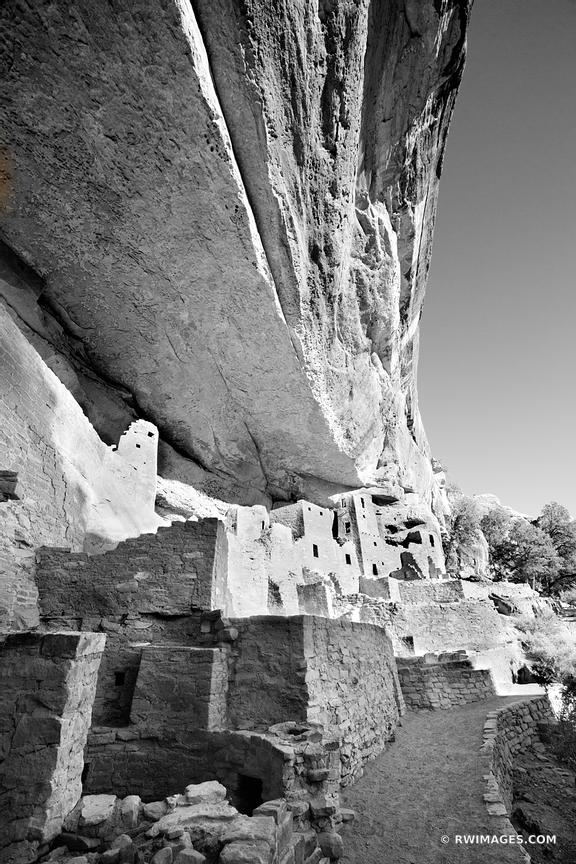 CLIFF PALACE DWELLINGS MESA VERDE NATIONAL PARK COLORADO VERTICAL COLOR VERTICAL MESA VERDE BLACK AND WHITE VERTICAL