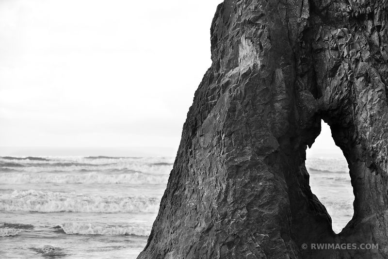 HOLE IN THE ROCK RUBY BEACH OLYMPIC NATIONAL PARK WASHINGTON PACIFIC NORTHWEST BLACK AND WHITE