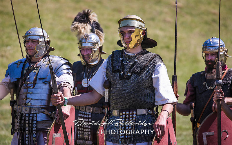 Roman soldierS taking part in the Roman Assault demonstration called The Art of War