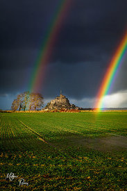 RIVRIN-Mathieu---Double-rainbow-in-Mont-Saint-Michel-copie