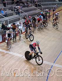 Cat 3 Men Points Race. 2016/2017 Track O-Cup #3/Eastern Track Challenge, Mattamy National Cycling Centre, Milton, On, February 12, 2017