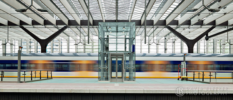 Rotterdam Central - Symmetry