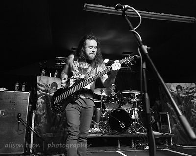 Mike Leon, bass, Soulfly
