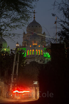 Night view of Gurudwara Singh Sabha Sikh temple, Pushkar, Rajasthan, India