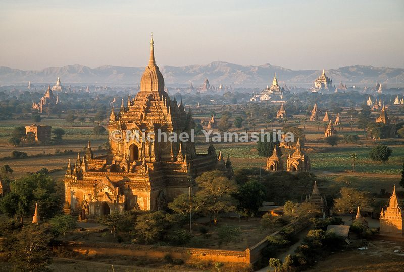 A view of the temples and pagodas in Bagan, Myanmar.