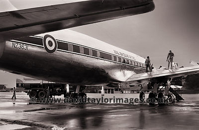 40 Sqdn's VIP transport | DC-6B NZ3631 | RAF Changi September 1962