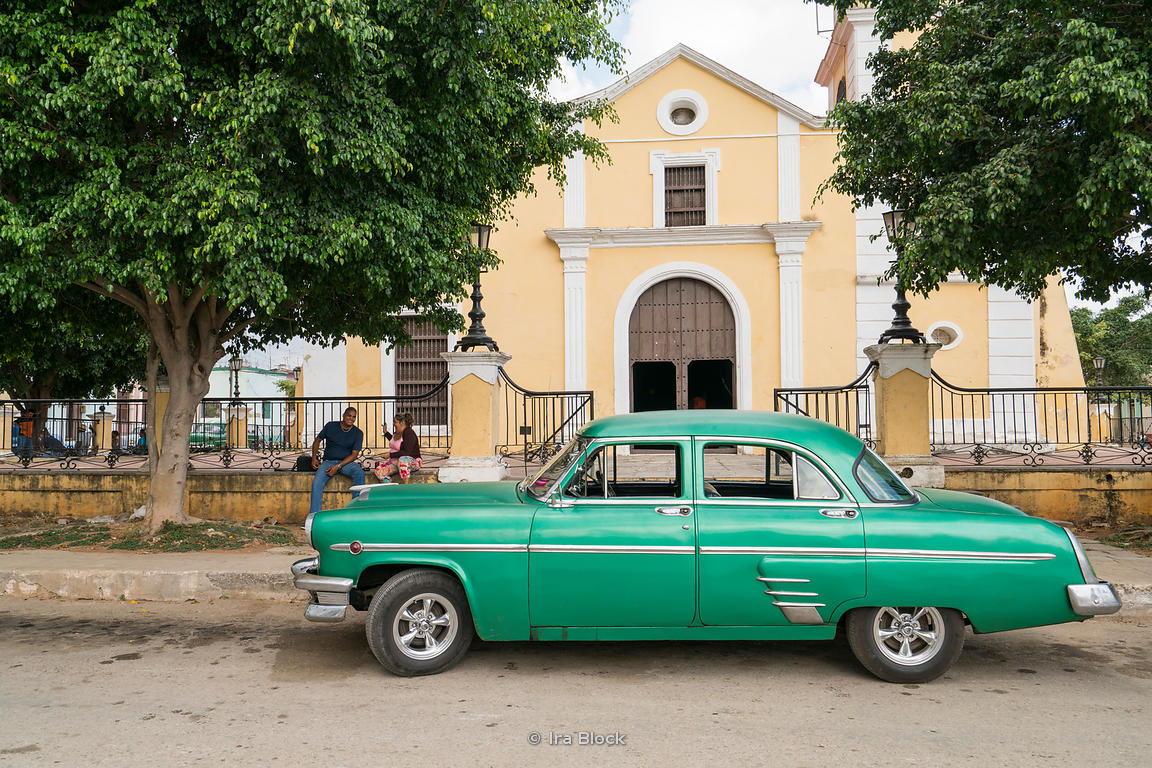 Old cars in the town of Bejucal, a municipality and town in the Mayabeque Province of Cuba.