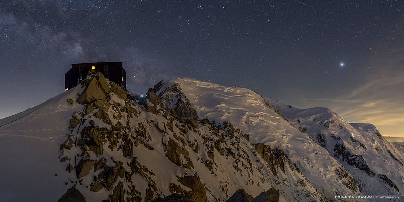 Jupiter and the Milky Way at Cosmiques - Chamonix Mont-Blanc