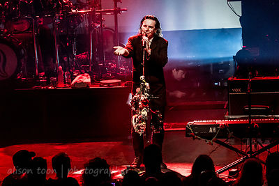 Steve Hogarth, vocals, Marillion, Montreal, 2015, Saturday