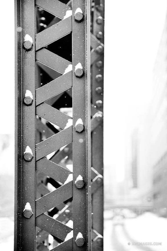KINZIE BRIDGE CLOSE UP CHICAGO BLACK AND WHITE