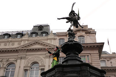 French Theatre Company Transe Express perform in Piccadilly Circus London