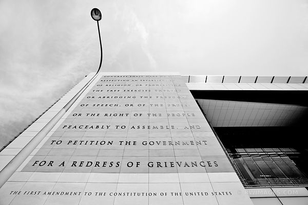 FIRST AMENDMENT WASHINGTON DC BLACK AND WHITE