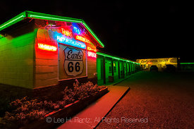 EARL'S MOTOR COURT ON ROUTE 66