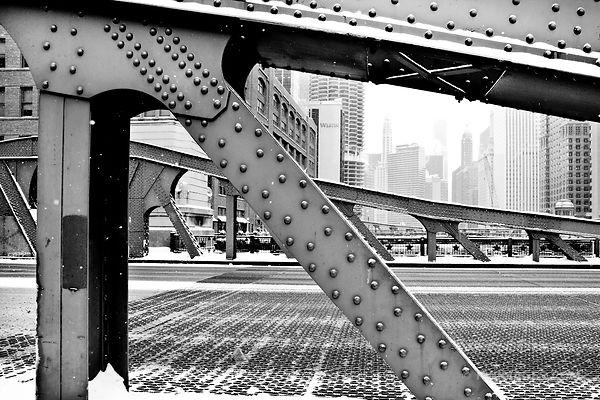 LA SALLE BRIDGE WINTER DAY HEAVY SNOWFALL CHICAGO ILLINOIS BLACK AND WHITE