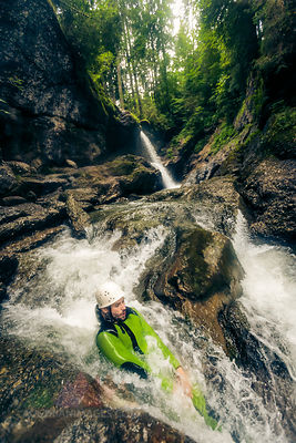 Germany, Bavaria, Allgaeu, man canyoning in Ostertal