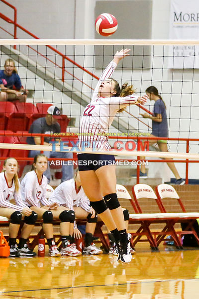 09-26-17_VB_FJV_Jim_Ned_Red_v_Coahoma_MW00436
