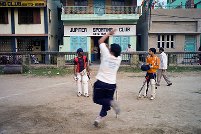 India - Chandannagar - Boys playing cricket at the Jupiter Sports Club