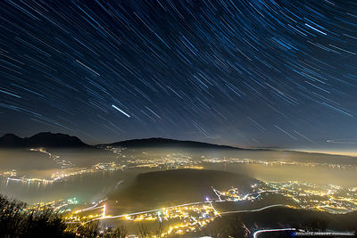 Terrestrial and celestial lights - Annecy lake