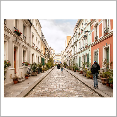 Rue Crémieux - Paris (France)