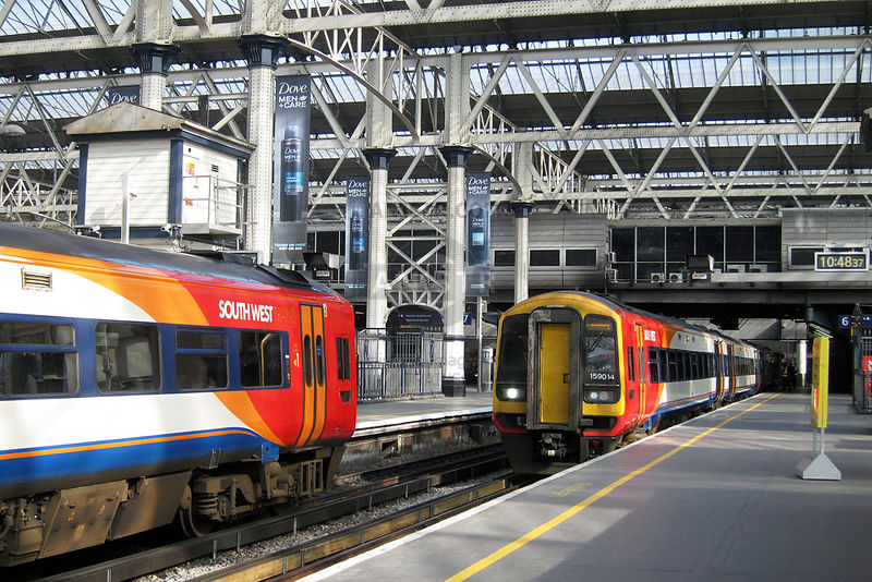 (Class 159s) London waterloo