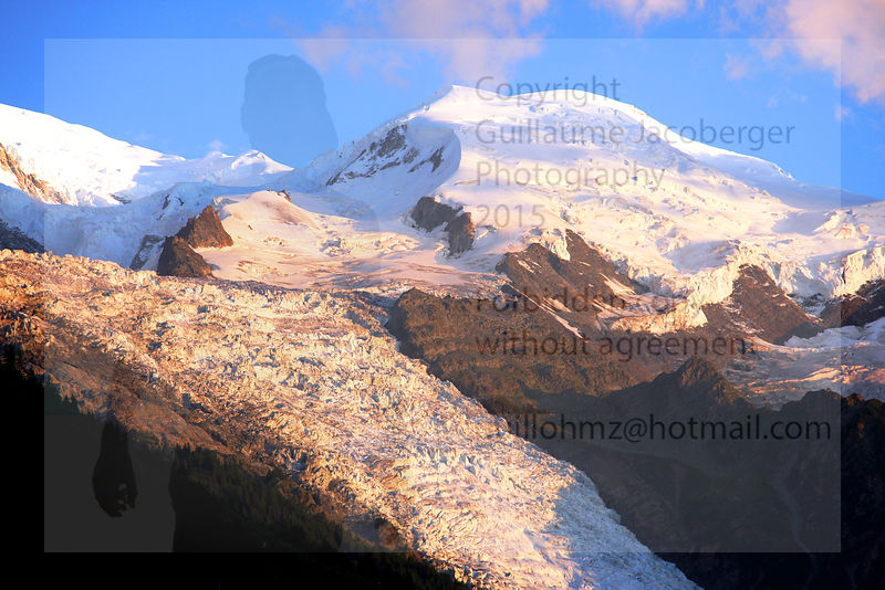 Sunset_on_the_Mont-Blanc_1